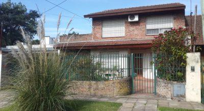 Nequén 512 e/Bogotá y Montevideo - GENERAL PACHECO