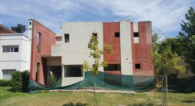 Av. Alvear N° 501, esq. Mendoza - BENAVIDEZ